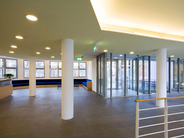 Empfangsbereich bei MANUEM Hausverwaltung GmbH