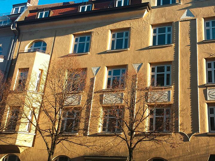 MANEUM Hausverwaltung GmbH Wohnimmobilie München Fassade