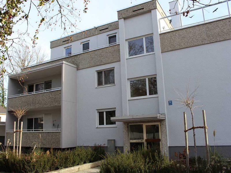 MANEUM Hausverwaltung GmbH Wohnimmobilie München Treppe